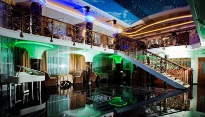 Ресторан-клуб в Сочи