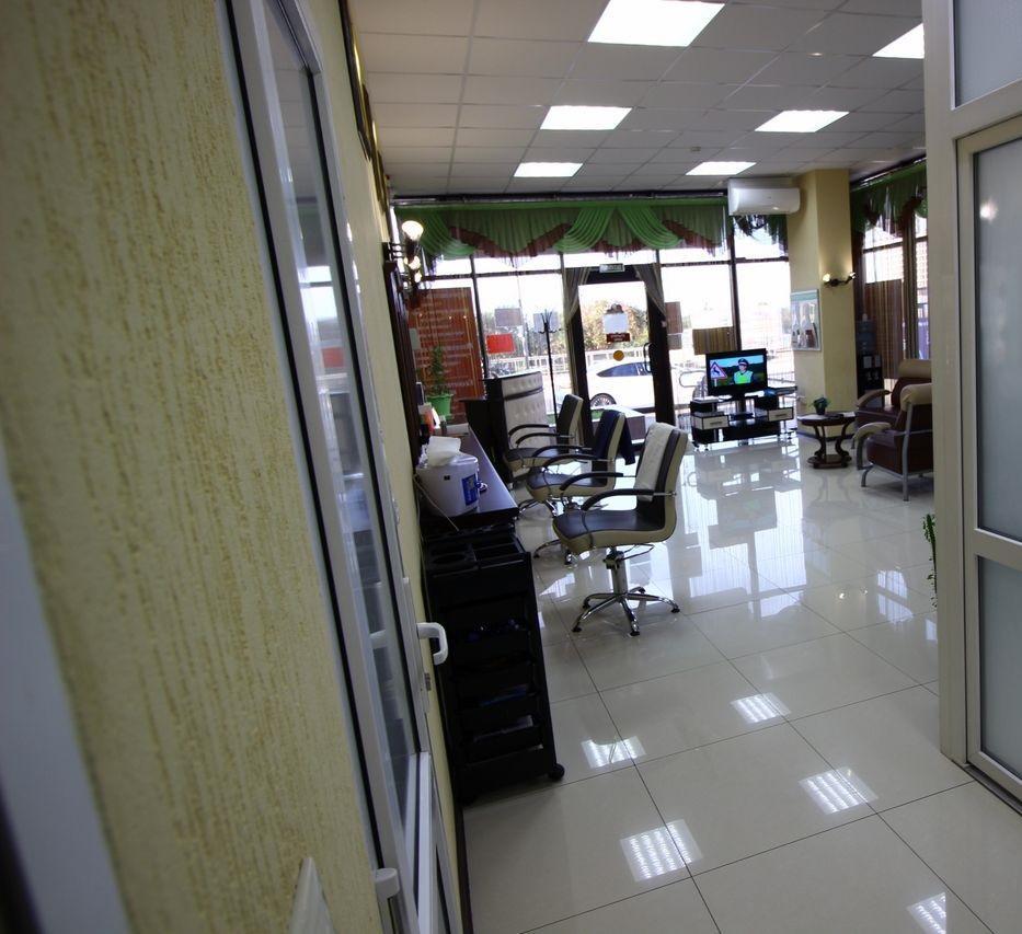 Салон красоты в центре города - image gotovyy-biznes-adler-lenina-ulica-378236204-1 on http://bizneskvartal.ru
