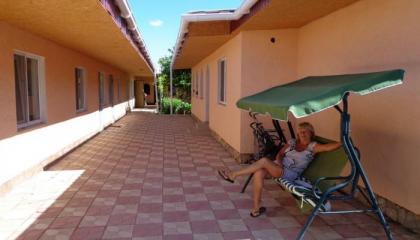 Гостиничный комплекс из двух домов