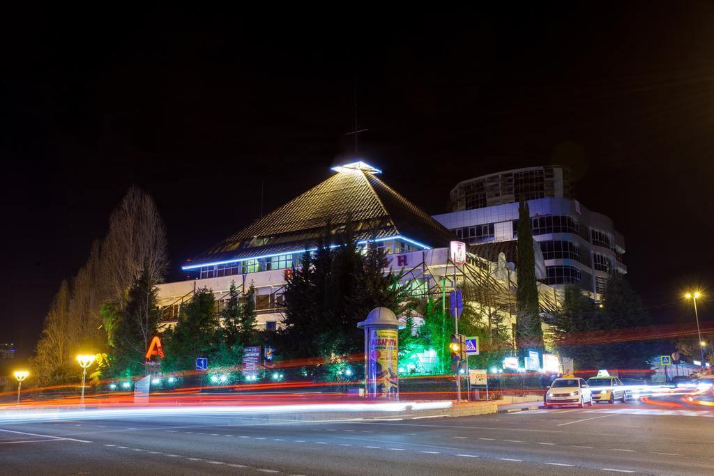 Гостиничный комплекс в центре - image Gostinichnyj-kompleks-v-tsentre-2 on http://bizneskvartal.ru