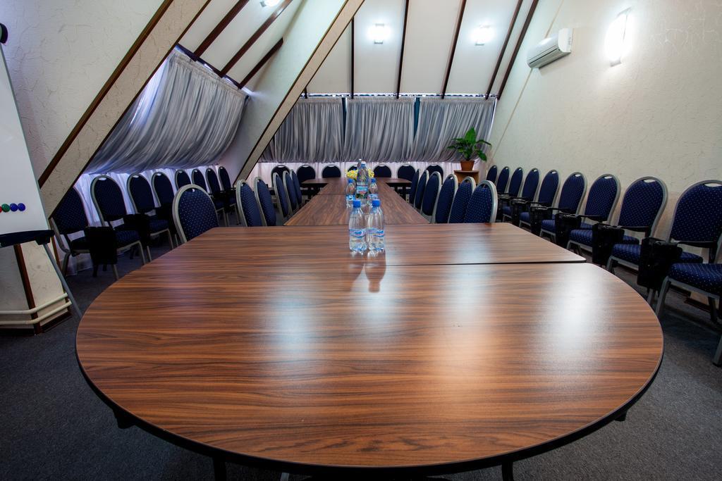 Гостиничный комплекс в центре - image Gostinichnyj-kompleks-v-tsentre-22 on http://bizneskvartal.ru