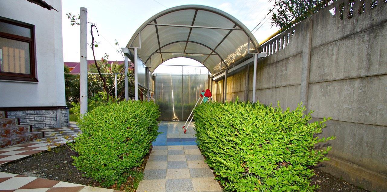 Гостиница с отдельным домом на участке - image gotovyy-biznes-adler-chkalova-ulica-244224606-1 on http://bizneskvartal.ru