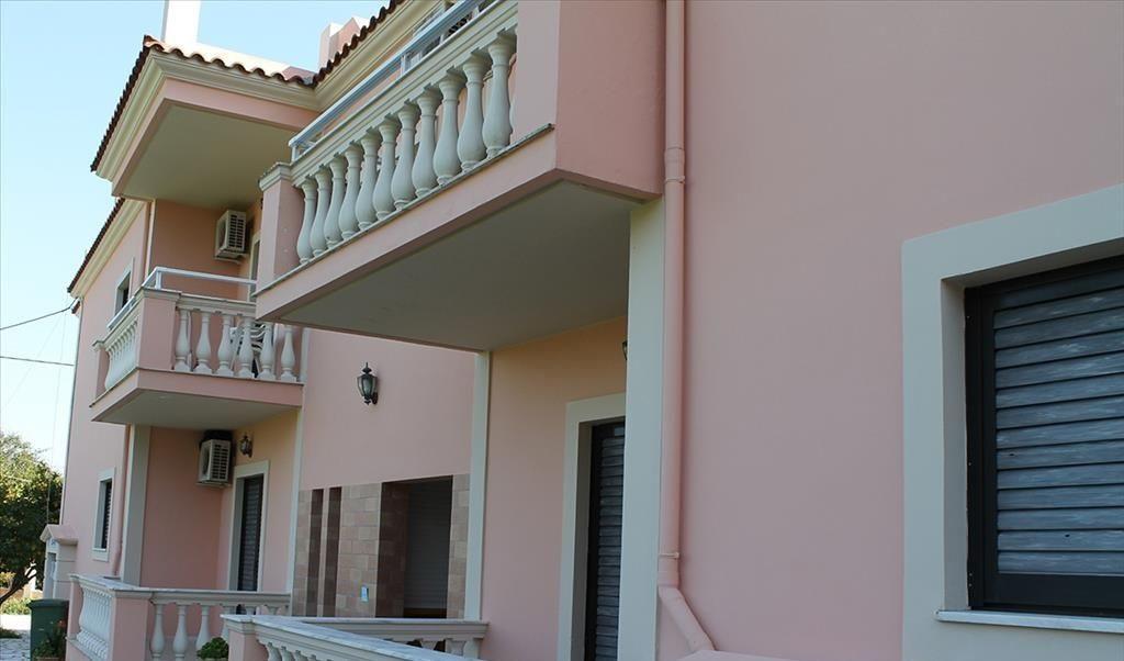 Двухэтажная гостиница в центре Адлера - image gotovyy-biznes-adler-chkalova-ulica-402311293-1 on http://bizneskvartal.ru