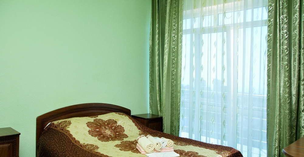 Гостиница с двумя бассейнами и тренажерным залом - image gotovyy-biznes-adler-pravoslavnaya-ulica-403605606-1 on http://bizneskvartal.ru