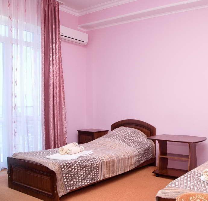 Гостиница с двумя бассейнами и тренажерным залом - image gotovyy-biznes-adler-pravoslavnaya-ulica-403605805-1 on http://bizneskvartal.ru