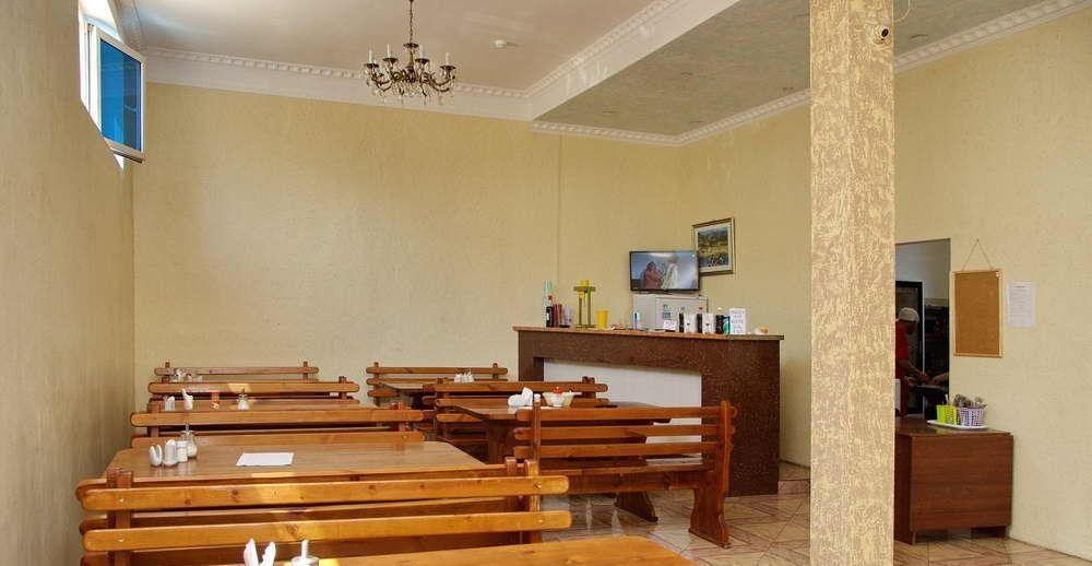 Гостиница с двумя бассейнами и тренажерным залом - image gotovyy-biznes-adler-pravoslavnaya-ulica-403605947-1 on http://bizneskvartal.ru
