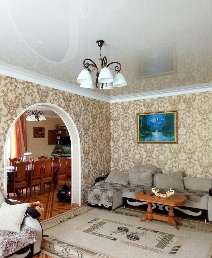Трехэтажная гостиница на 13 номеров - image gotovyy-biznes-adler-tyulpanov-ulica-259447370-1 on http://bizneskvartal.ru