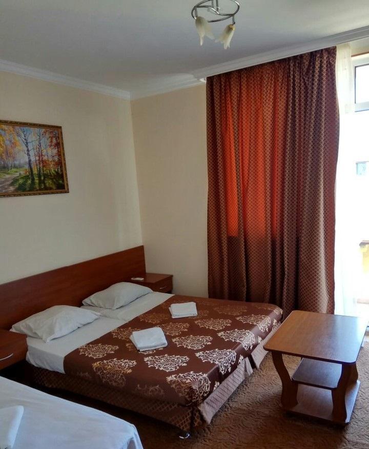 Трехэтажная гостиница на 13 номеров - image gotovyy-biznes-adler-tyulpanov-ulica-259447389-1 on http://bizneskvartal.ru