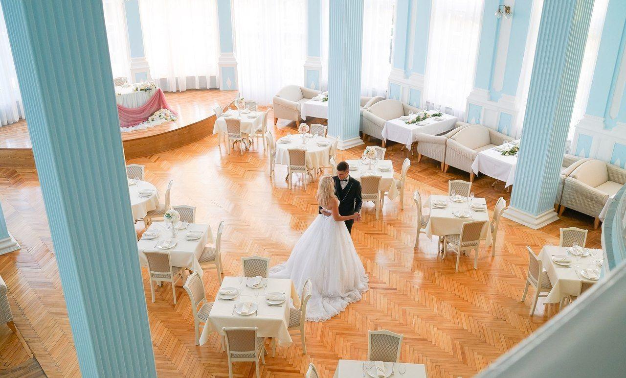 Ресторан с летней верандой - image gotovyy-biznes-centralnyy-sokolova-ulica-305286080-1 on http://bizneskvartal.ru