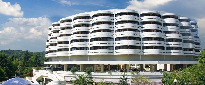 Действующая гостиница в Лазаревском - image gotovyy-biznes-dagomys-leningradskaya-ulica-421804428-1 on http://bizneskvartal.ru