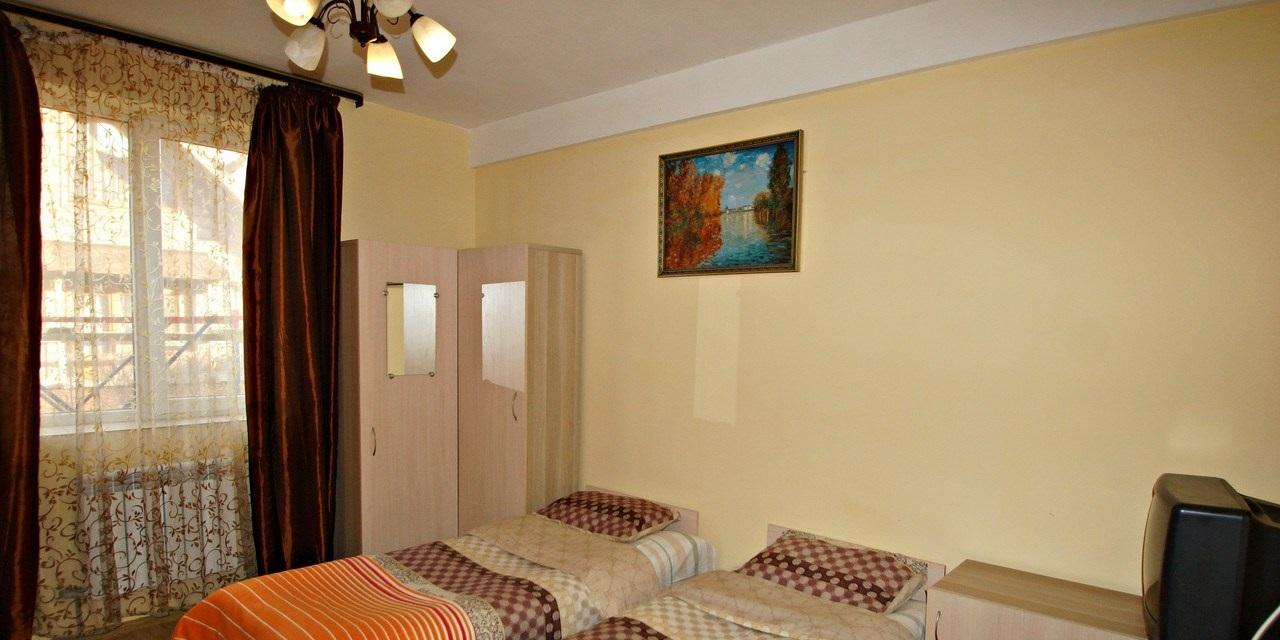 Гостиница на 24 номера разной категории - image gotovyy-biznes-mirnyy-244276199-1 on http://bizneskvartal.ru