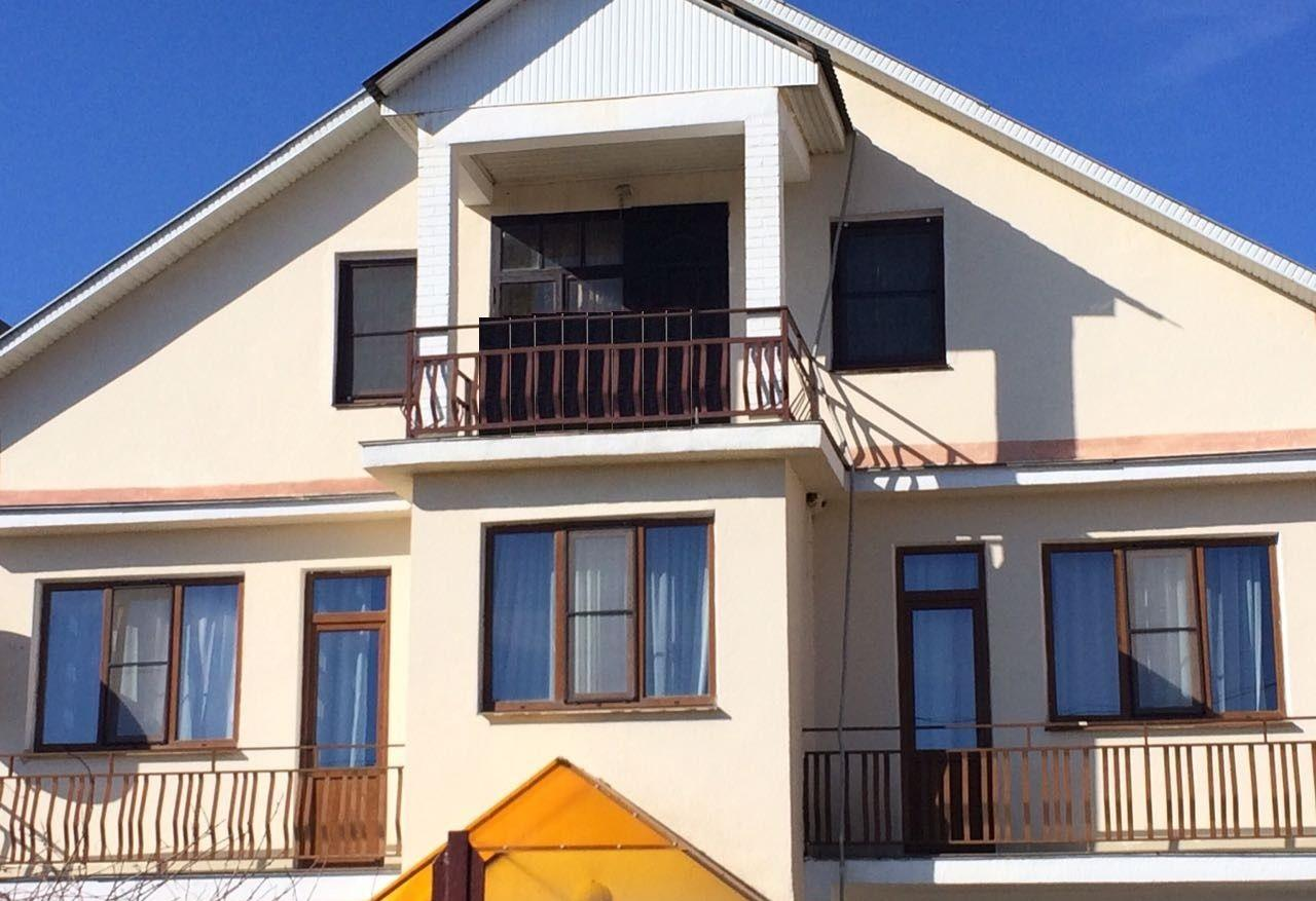 Три дома под гостиницу на одном участке - image gotovyy-biznes-mirnyy-ruzheynaya-ulica-337511357-1 on http://bizneskvartal.ru