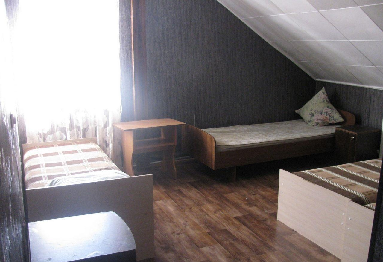 Три дома под гостиницу на одном участке - image gotovyy-biznes-mirnyy-ruzheynaya-ulica-337511358-1 on http://bizneskvartal.ru