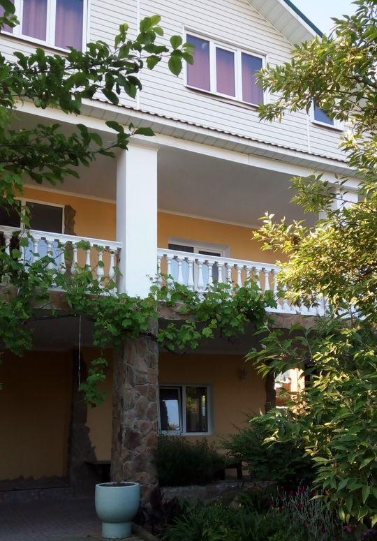 Три двухэтажных корпуса гостевого дома - image gotovyy-biznes-nizhnyaya-hobza-414141043-1 on http://bizneskvartal.ru