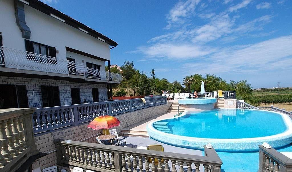 Шикарная гостиница в Олимпийском парке - image gotovyy-biznes-sochi-nadezhd-bulvar-398195148-1 on http://bizneskvartal.ru