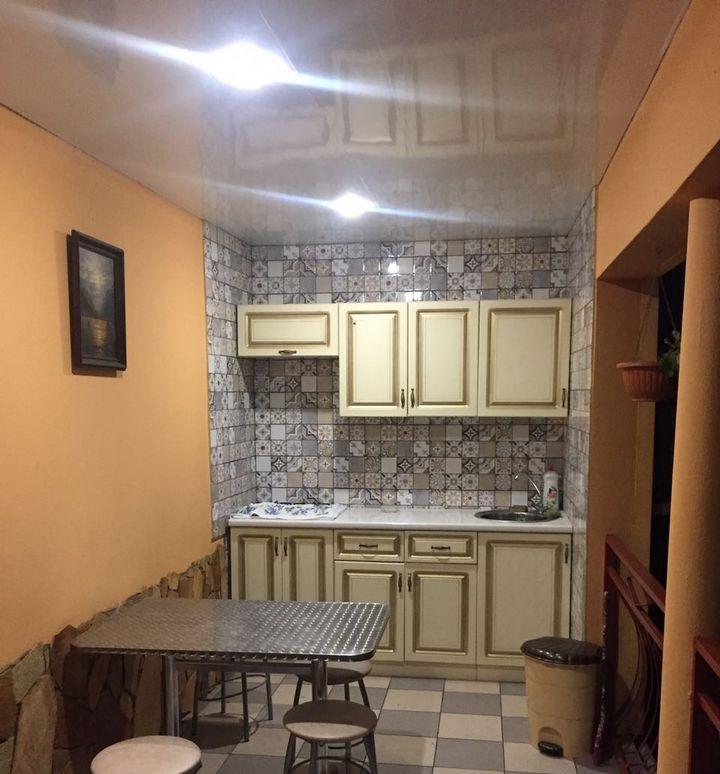 Работающая двухэтажная гостиница в Адлере - image gotovyy-biznes-sochi-privokzalnaya-ulica-417985275-1 on https://bizneskvartal.ru
