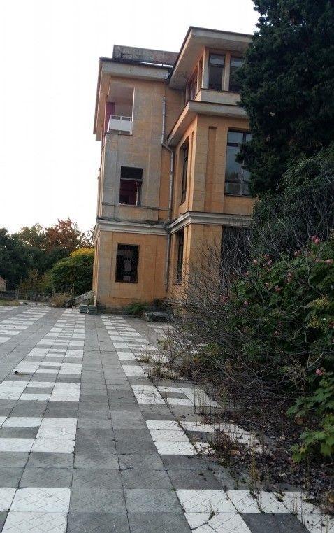 Здание санатория - image gotovyy-biznes-sochi-vinogradnaya-ulica-295524955-1 on http://bizneskvartal.ru