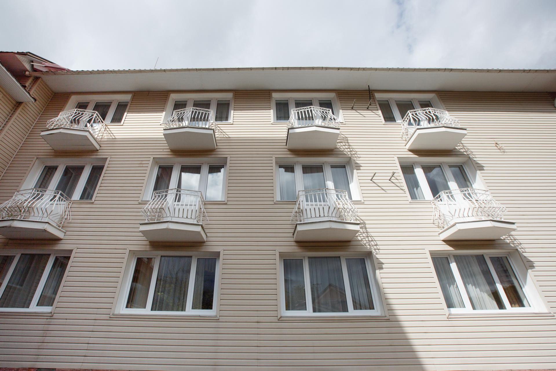 Уютная Вилла в Красной Поляне - image Uyutnaya-Villa-v-Krasnoj-Polyane-5 on https://bizneskvartal.ru