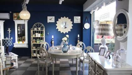 Салон мебели и декора в центре Сочи
