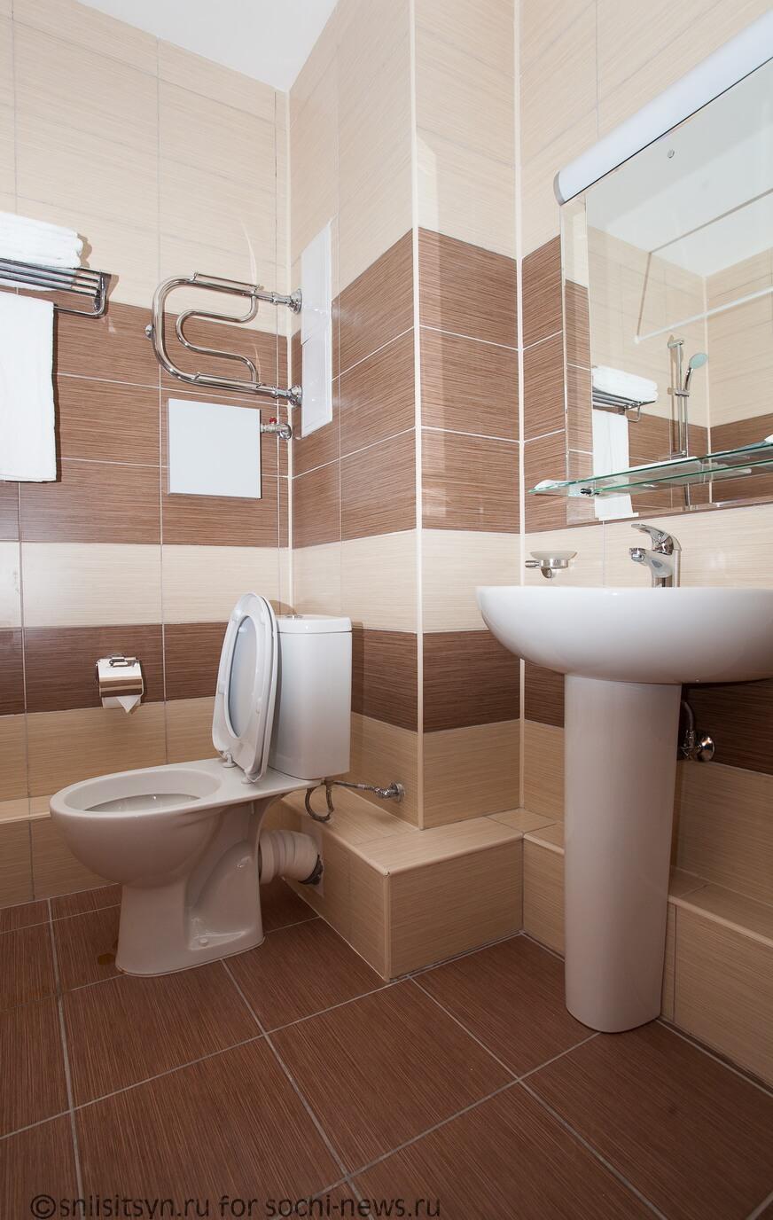 Апартаменты комфорт класса в Адлере - image bathroom6-1 on https://bizneskvartal.ru