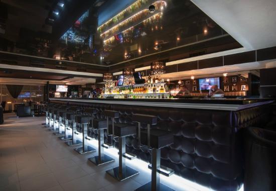 Действующий бар вблизи отеля Фрегат - image Dejstvuyushhij-bar-vblizi-otelya-Fregat-2 on https://bizneskvartal.ru