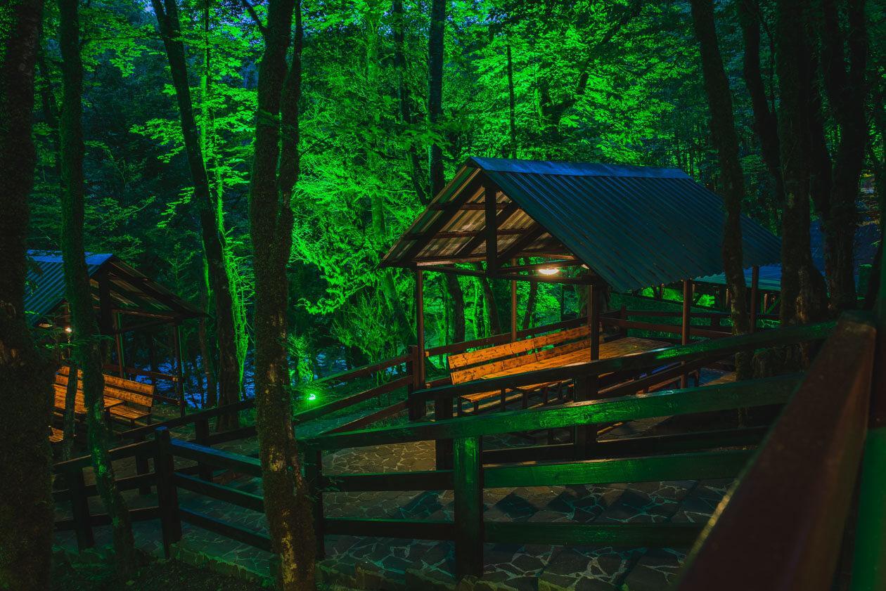 ЭКО гостиница-резиденция в стиле лесных домов - image EKO-gostinitsa-rezidentsiya-v-stile-lesnyh-domov-19 on https://bizneskvartal.ru