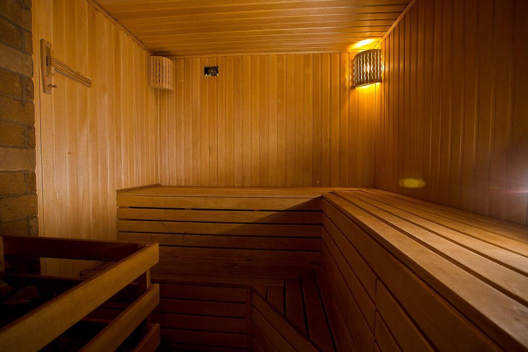 ЭКО гостиница-резиденция в стиле лесных домов - image EKO-gostinitsa-rezidentsiya-v-stile-lesnyh-domov-2 on https://bizneskvartal.ru