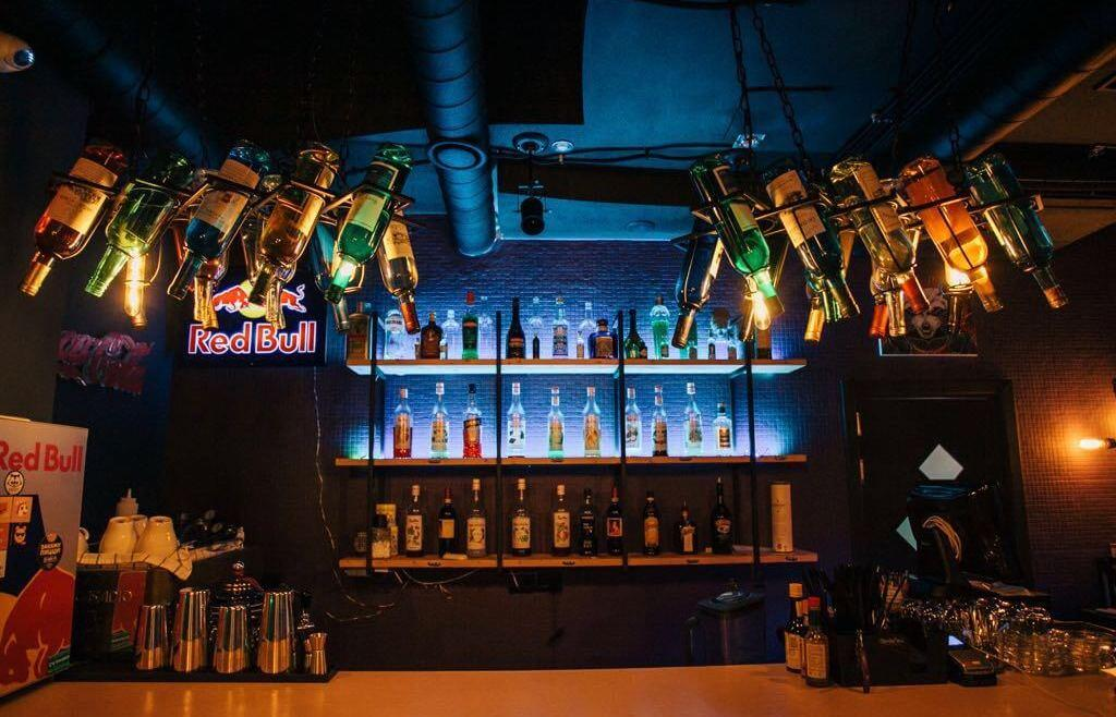 Lounge-Bar в Сочи - image Lounge-Bar-v-Sochi-3 on http://bizneskvartal.ru