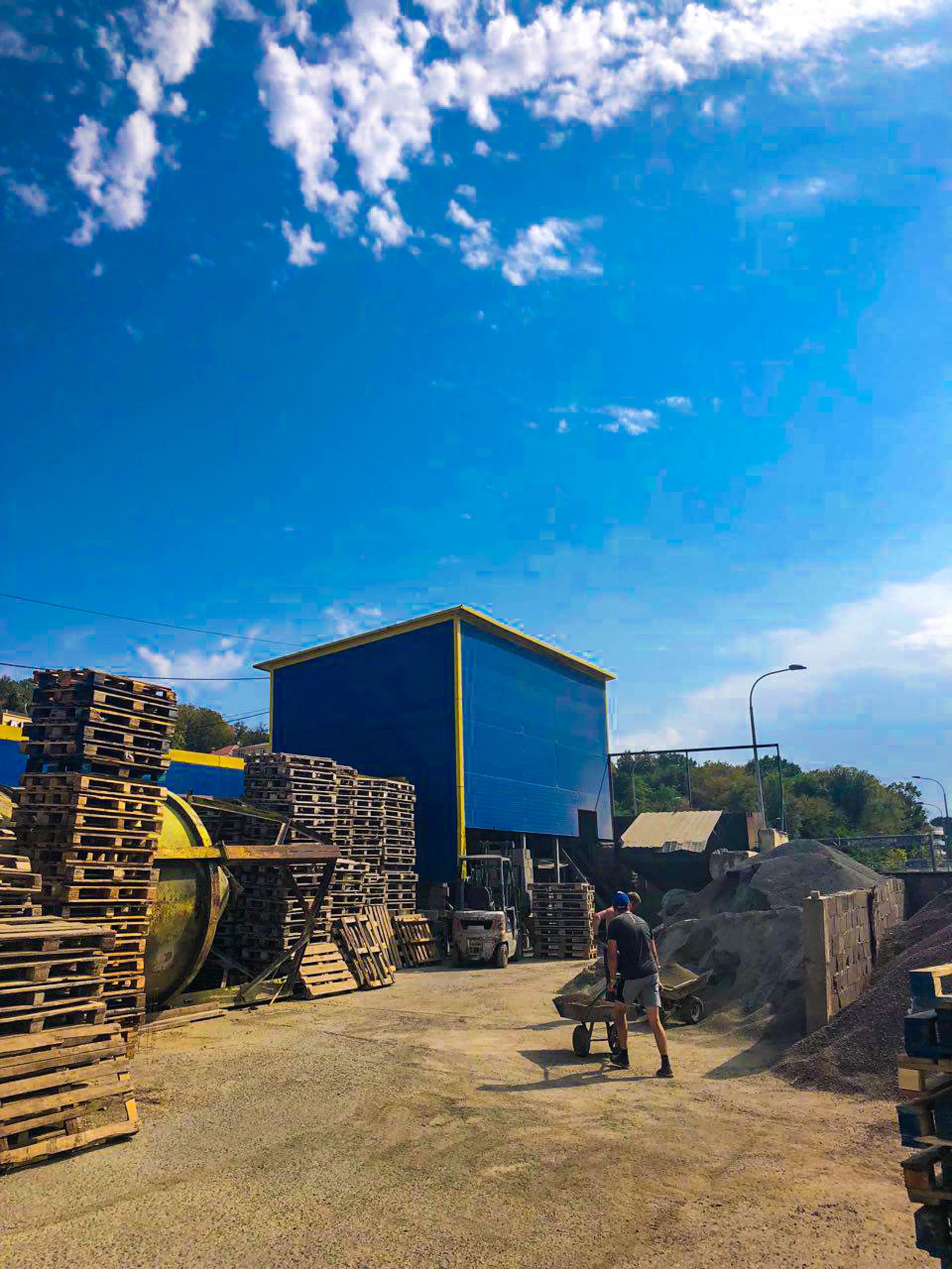 Действующее производство блоков, бордюров, тротуарной плитки - image park-9 on https://bizneskvartal.ru