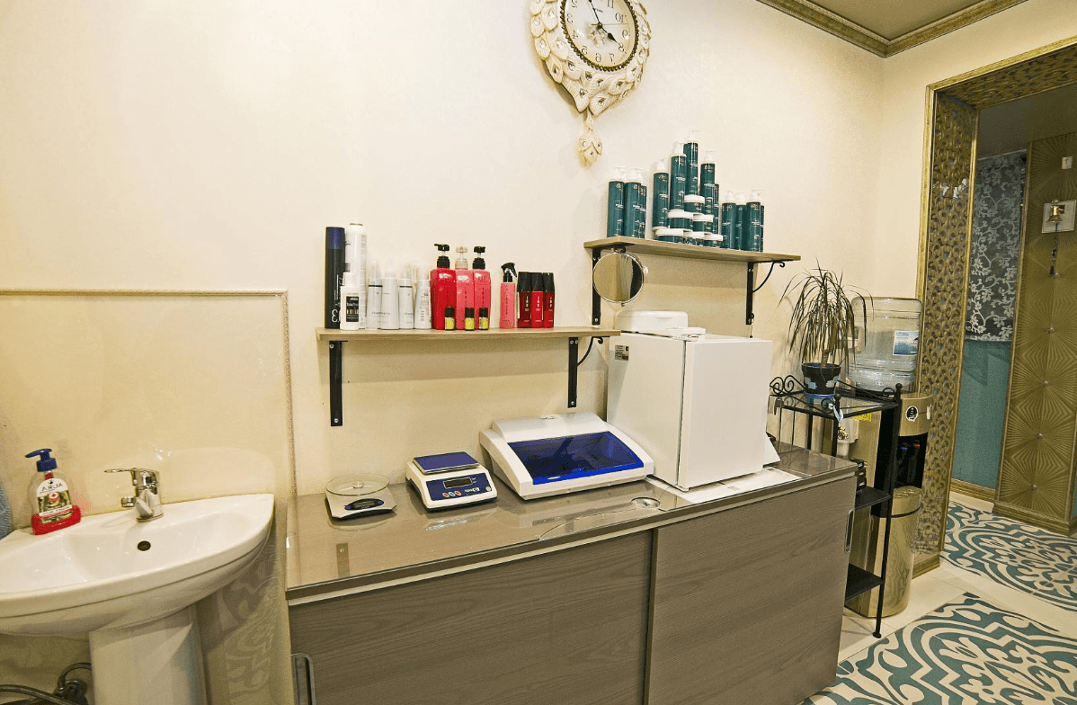 Салон красоты в центре Адлера - image salon-krasoty-v-centre-adlera-12 on https://bizneskvartal.ru