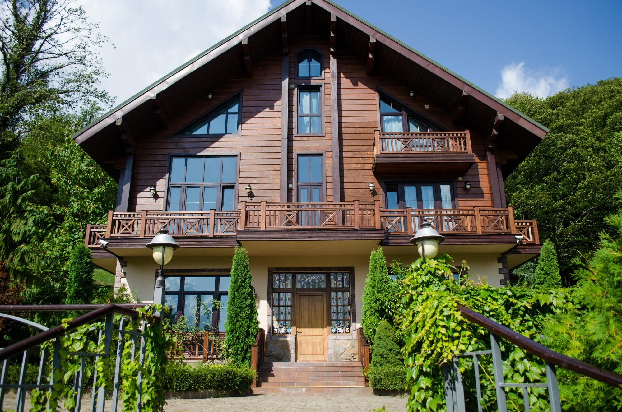 Продажа горной резиденции в Красной поляне - image prodazha-gostinicy-v-krasnoi-polyane-4 on https://bizneskvartal.ru
