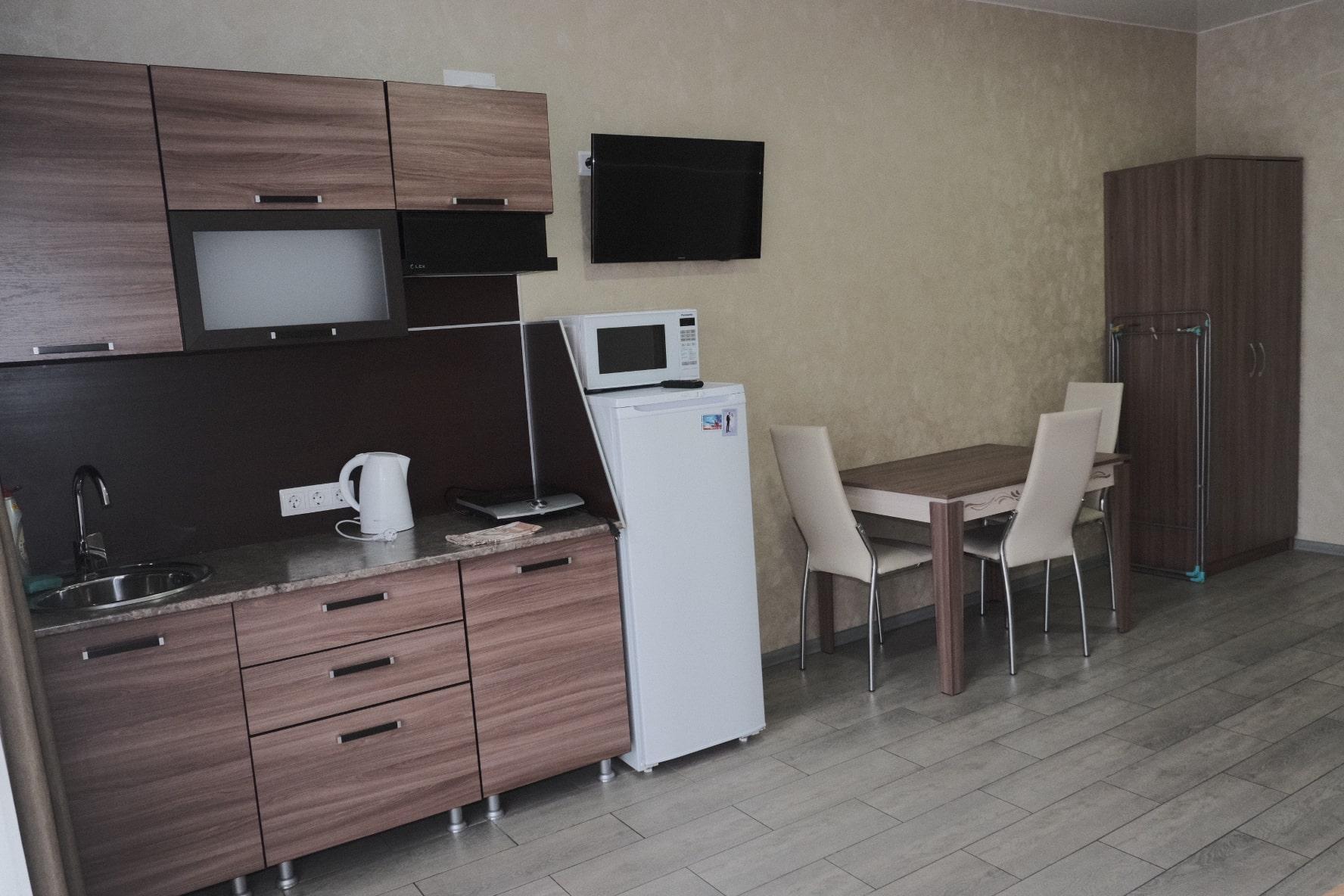 Продаётся гостевой дом у моря 483 м2 - image 94347a7e-79bd-4b5a-88b6-0dbf8176fa09-831-0000007e3fe2b3aa-min on https://bizneskvartal.ru